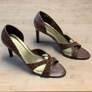 RALPH LAUREN ABELLA Brown Croc Embossed Heels EXC